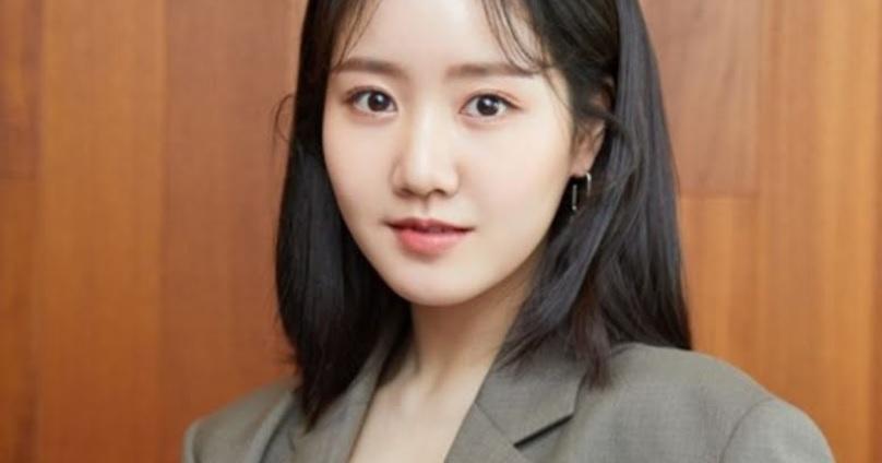 """Ji Jin Hee de """"Penthouse"""" les adelanta a los fans sobre la temporada 3, y habla sobre el padre de su personaje"""