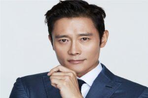 Lee Byung Hun coproducirá y protagonizará una nueva película para adultos jóvenes de Netflix